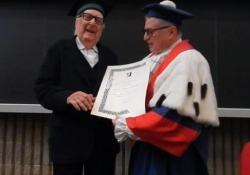 Allo scrittore è stato conferito il titolo di Distinguished Professor all'Università di Tor Vergata