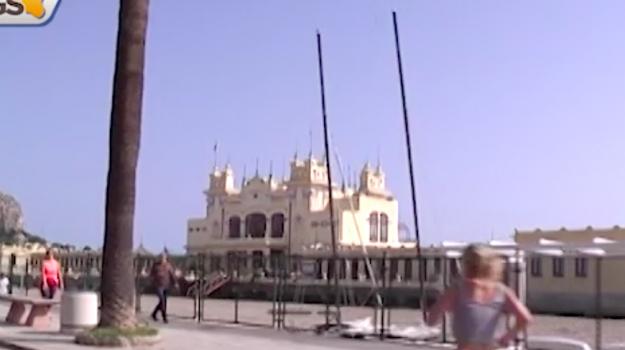 Palermo, a Mondello meno cabine e più attrazioni in vista dell'estate
