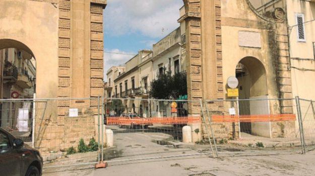 porta di mare castelvetrano, Trapani, Economia