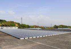 Batterie auto elettriche per impianto Benex-Sumitomo Nissan