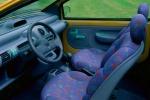 Allegra e funzionale, Renault Twingo ha debuttato nel 1993