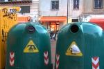 A Trapani è flop della differenziata: rifiuti in strada nel centro storico