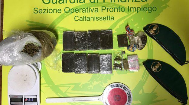 droga lavatrice caltanissetta, Caltanissetta, Cronaca