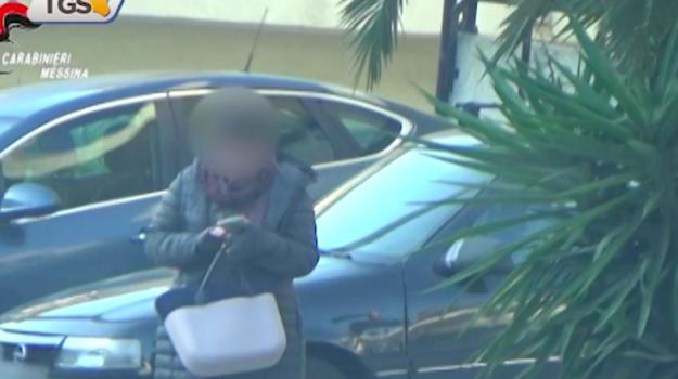 Tre falsi ciechi denunciati nel Messinese: truffa da 200 mila euro