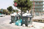 Nuova protesta dei netturbini a Gela, torna l'emergenza rifiuti in città