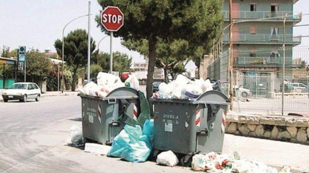 rifiuti, Caltanissetta, Cronaca