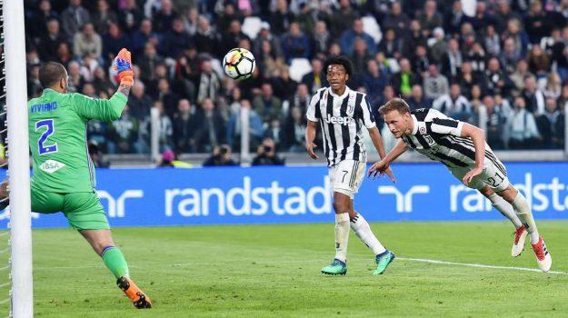 Calcio, Juventus, Milan, napoli calcio, SERIE A, Sicilia, Sport
