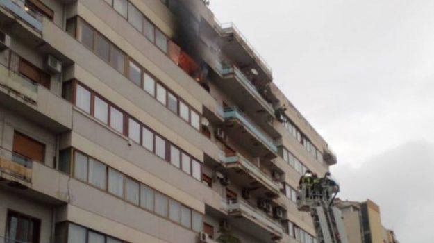incendio via albanese, Alessandro Ambrosini, Palermo, Cronaca