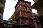 Paura a Gela, incendio in un appartamento del quartiere Sant'Ippolito