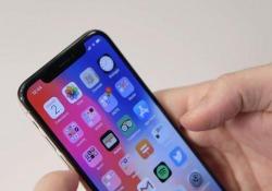 Vale 1.200 euro? La prova dello smartphone Apple del decennale: pro e contro in 5 punti