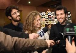 Bartolomeo, Lucrezia e Guglielmo alla camera ardente al Teatro dal Verme a Milano