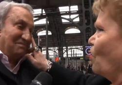 L'ex direttore del Tg4 dopo il ritorno in tv con il volto irriconoscibile che ha scatenato le battute sui social: «Ma sono scemi? A 87 anni mi curo solo le macchie solari dovute ai servizi in Africa»