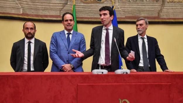 accordo pd-m5s, consultazioni governo, Maurizio Martina, Sicilia, Politica