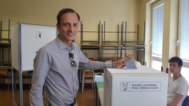 regionali in friuli, Sicilia, Politica