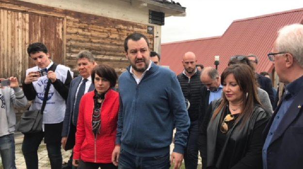 Lega, m5s, nuovo governo, Carlo Calenda, Luigi Di Maio, Matteo Salvini, Sicilia, Politica