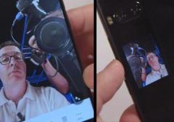 La prova dello smartphone con due schermi: ce n'è uno anche sul retro
