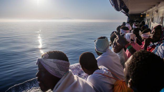 migranti, sbarco messina, Messina, Cronaca