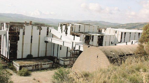 miniera pasquasia, Enna, Politica