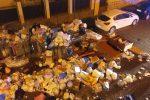 Nella foto inviata a redazioneweb@gds.it via Ruggerone da Palermo nel quartiere Noce. Questa mattina un intervento della Rap per rimuove i rifiuti