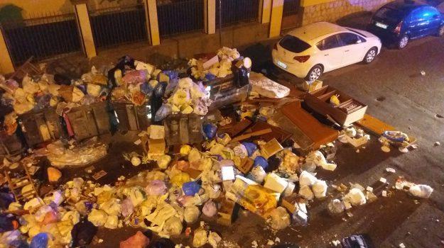 incendi rifiuti, rifiuti a palermo, Palermo, Cronaca