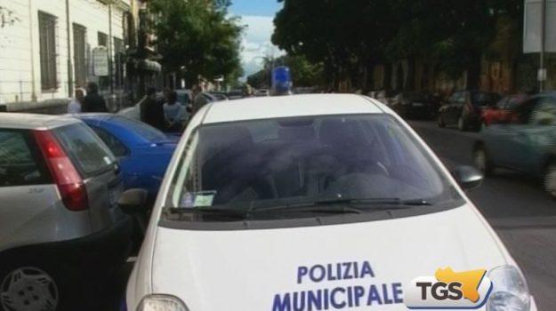 Differenziata a Palermo, controlli dei vigili in centro