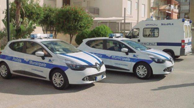vigili urbani a pagamento ad alcamo, Trapani, Cronaca