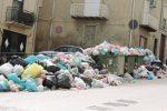 """Canicattì """"liberata"""" dai cumuli di rifiuti in strada"""