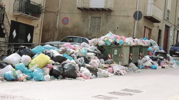 emergenza rifiuti canicattì, Agrigento, Cronaca
