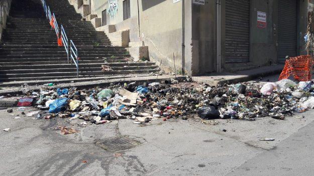 rifiuti a Gela, Caltanissetta, Cronaca