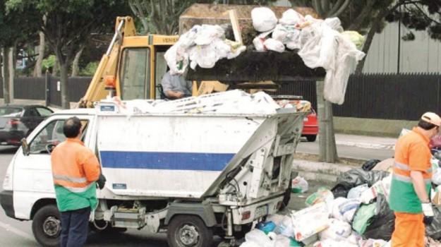 raccolta differenziata, rifiuti, Cateno De Luca, Messina, Cronaca
