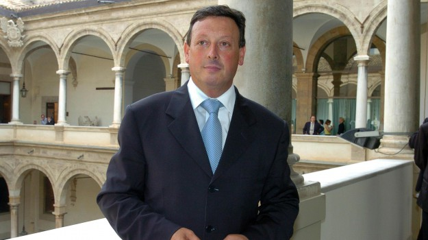 caputo ai domiciliari, Mario Caputo, Salvino Caputo, Palermo, Cronaca