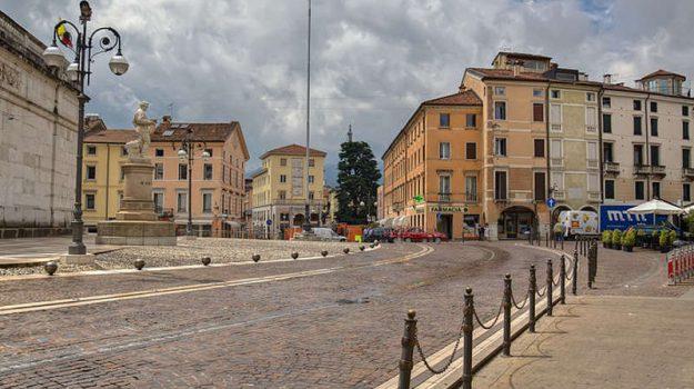 casa all'asta, Sicilia, Cronaca