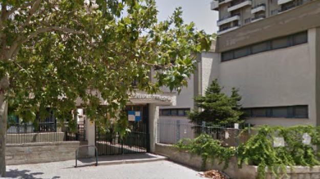 furto scuola palermo, Palermo, Cronaca