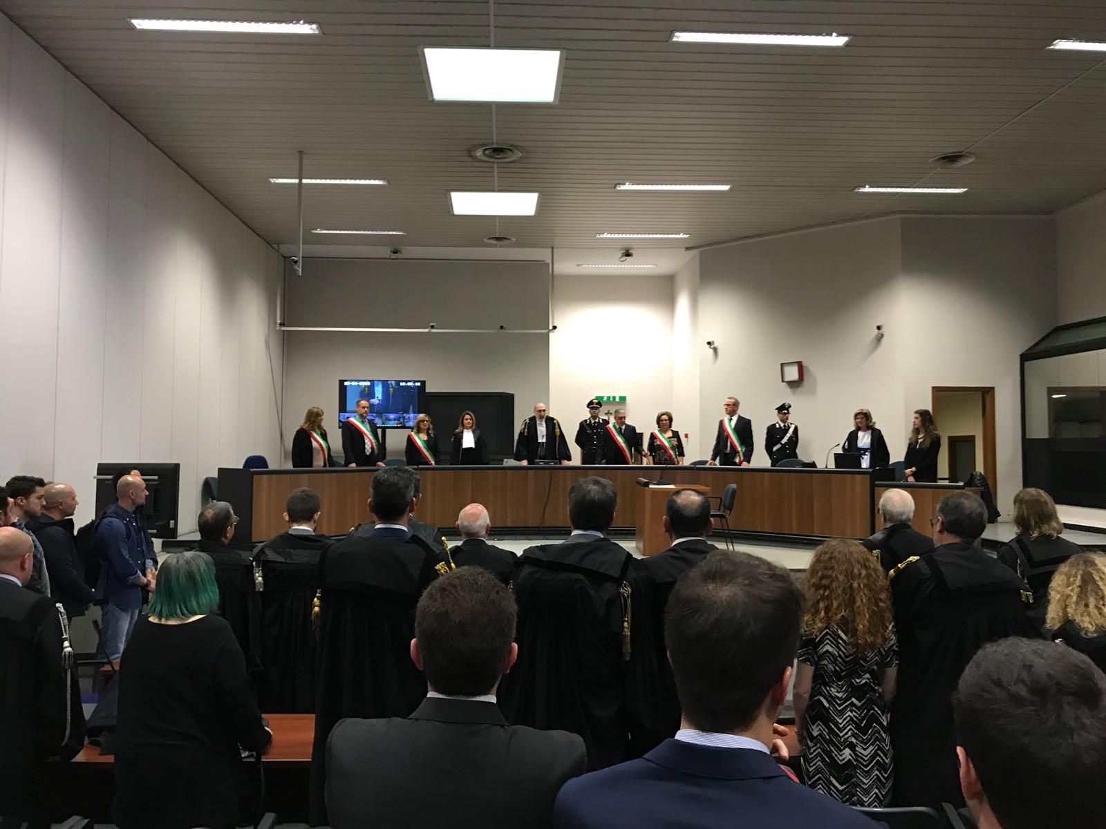 Trattativa Stato-mafia: assolto Mancino, condannato Dell'Utri