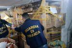 Palermo, sequestrati circa 100 mila giocattoli e bijoux pericolosi in un negozio in via Oreto