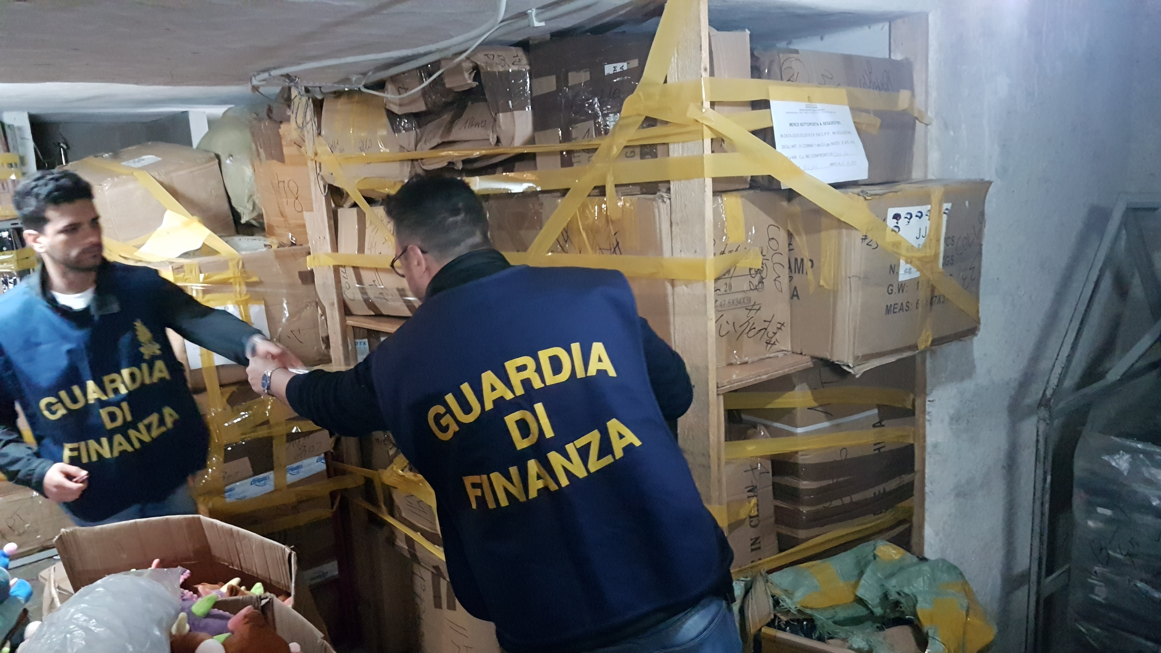 Palermo, maxi sequestro di