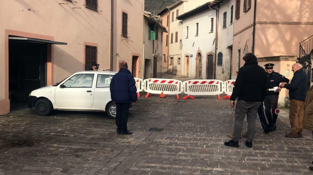 terremoto Marche Umbria, Sicilia, Cronaca