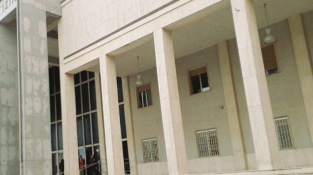 palazzo giustizia enna, Enna, Economia
