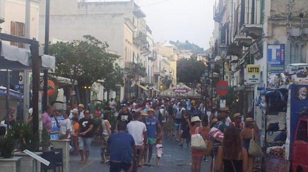 pasqua eolie, turisti lipari, Messina, Cronaca