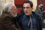 Il film di Gianni Amelio, «La tenerezza», liberamente ispirato al romanzo di Lorenzo Marone, «La tentazione di essere felici» (Longanesi)