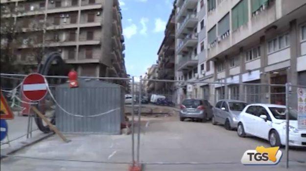 Via Guardione chiusa ai mezzi, le proteste dei residenti