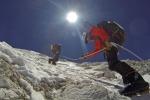 Matt Moniz (sulla destra) durante la scalata del monte Cho Oyu, nel 2014 (fonte:Willie Benegas)