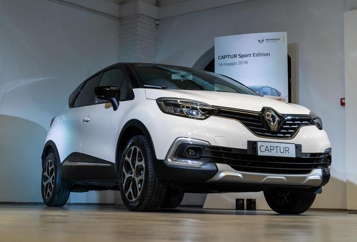 Renault captur debuttano due versioni sport edition giornale di