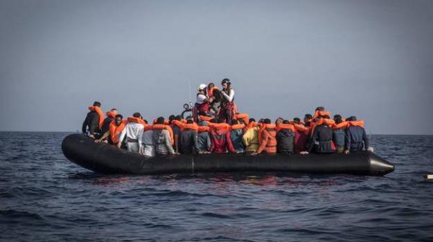 sbarco migranti porto empedocle, Agrigento, Cronaca