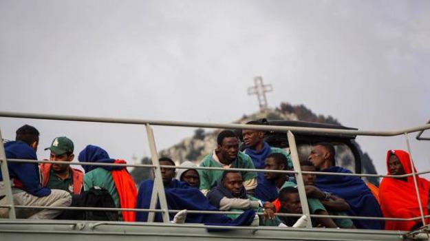 Sbarco migranti Pantelleria, sbarco migranti trapani, Trapani, Cronaca