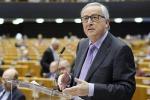 Ue: Juncker, non seguire opinione pubblica, ma ispirarla