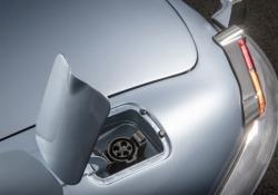 La E-Type Zero Concept è stata realizzata da Jaguar con motore elettrico da 220 kW