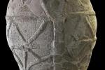 L'antica giara di ceramica rinvenuta negli anni '90 in Sicilia, a Castelluccio di Noto (fonte: Polo Regionale di Siracusa per i siti e musei archeologici Museo Paolo Orsi)