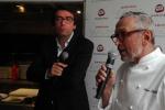 Lo chef Bruno Barbieri con Alessio Tesciuba del gruppo Daruma