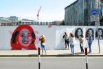 """Aborto libero, svolta nella cattolica Irlanda: trionfo dei """"sì"""" al referendum"""